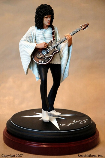 THE GUITAR HERO/ BRIAN MAY STATUE