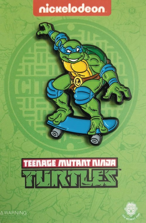TMNT SKATEBOARDING LEONARDO PIN / DEC183257